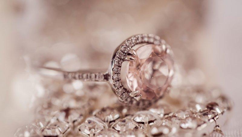 Pierścionek Zaręczynowy Tiffany Duży Z Diamentem